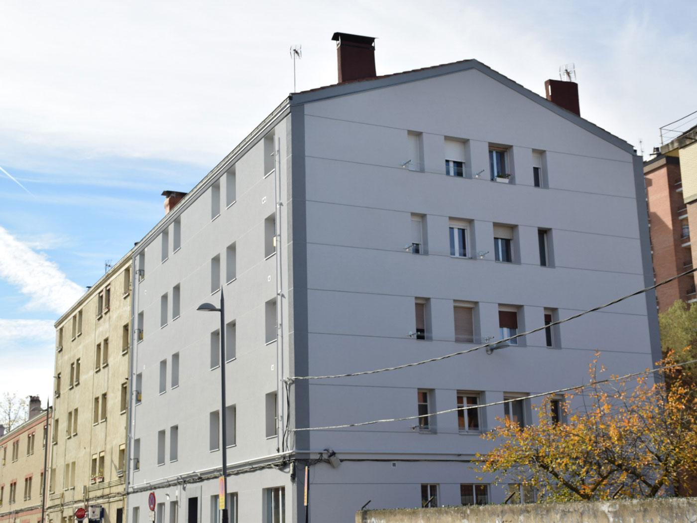 Reforma fachada exterior vitoria gasteiz despues